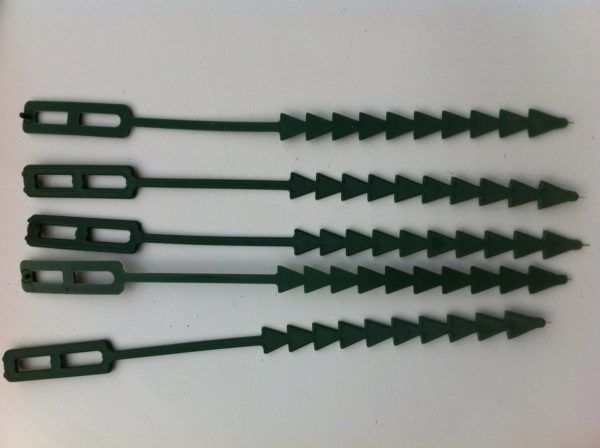 Re-Useable Adjustable Plastic Plant Ties 7 Inch